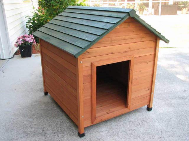 Будка для овчарки с двускатной крышей