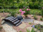 Сухой ручей: создаем классический элемент японского сада на собственной даче