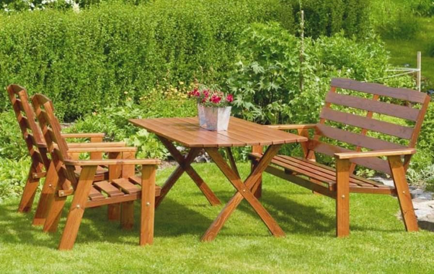 красивый и удобный стол для дачи
