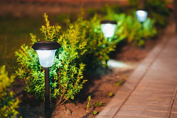фонари для подсвечивания дорожек