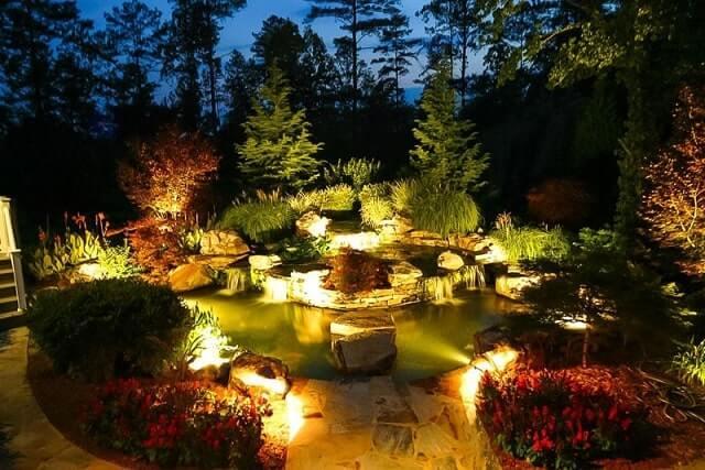 фонари для подсвечивания водоемов в саду