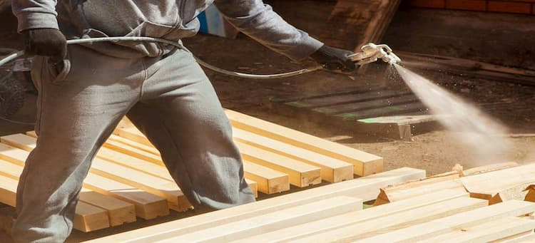 Защита деревянного дома от короеда
