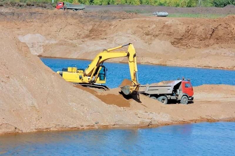 Добыча песка из рек и озер